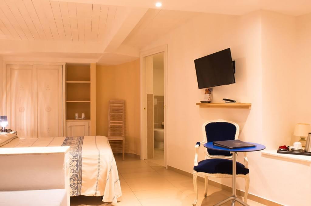 hotel-ollastu-olbia-sardegna-camera-family41