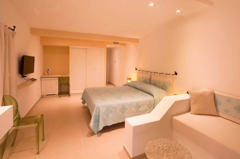 hotel-ollastu-olbia-sardegna-camera-vista-mare12