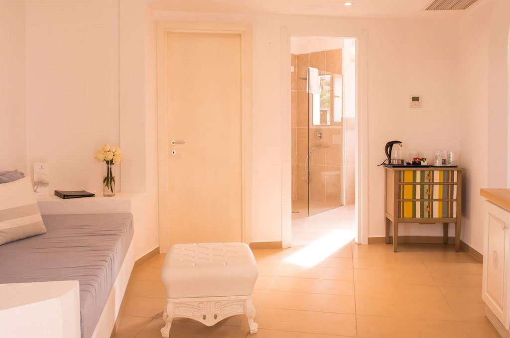 hotel-ollastu-olbia-sardegna-suite-jacuzzi5